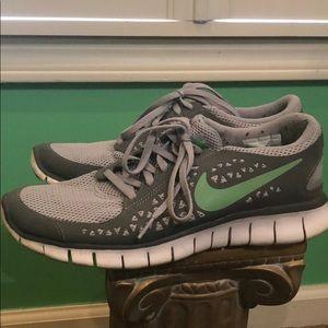 Nike free run women's 8.5